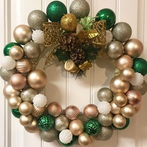 Other - *Make An Offer** Holiday wreath